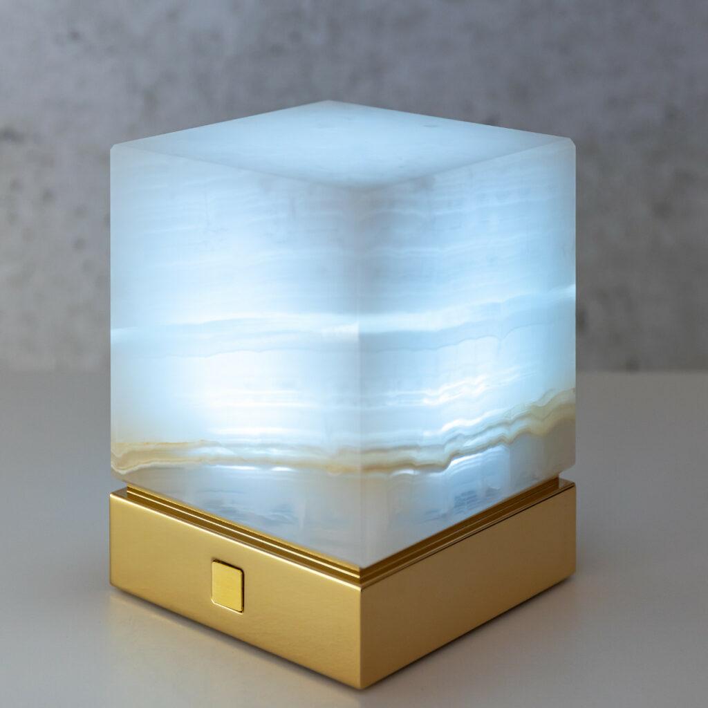Onyx Designer Lamp ITSU One