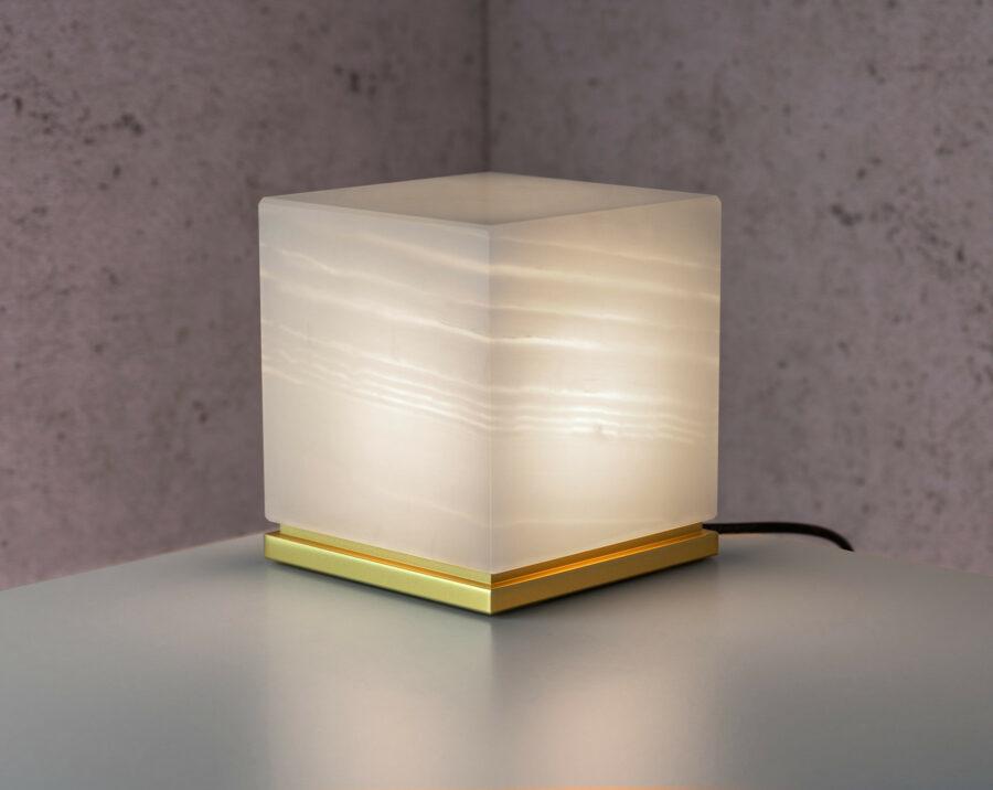 ITSU Slim Moderne Onyx Designer Leuchte